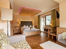 Wohlfühl Hotel-Garni Robert, hotel in Mayrhofen