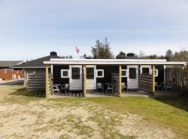 Tornby Strand Camping Rooms, hotel in Hirtshals