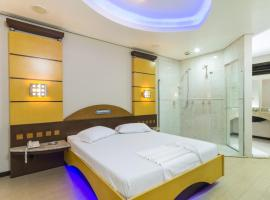 Motel Vison (Adult Only), hotel near Joinville-Lauro Carneiro de Loyola Airport - JOI,