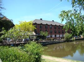 The Bridge Hotel, hotel near Botleys Mansion, Chertsey