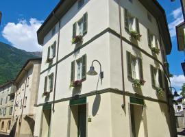 Hotel Centrale, hotel in Tirano