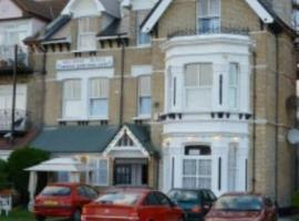 The Melrose, hotel near Colchester Zoo, Clacton-on-Sea