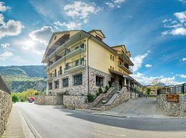 Hotel Cotiella, hotel en Campo