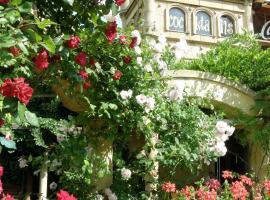 Hotel Bow Garden, hotel v Komárne