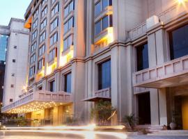 The Metropolitan Hotel & Spa New Delhi, hotel near Jantar Mantar, New Delhi