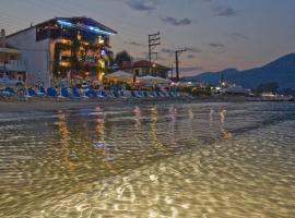 Blue Sea Beach Hotel, хотел в Скала Потамияс