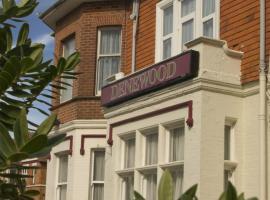 Denewood Hotel, pet-friendly hotel in Bournemouth