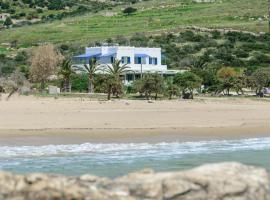 Psili Ammos Studios, hotel near Agiassos Beach, Aliko Beach