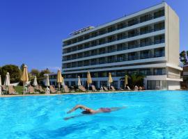 Airotel Achaia Beach, hotel in Patra