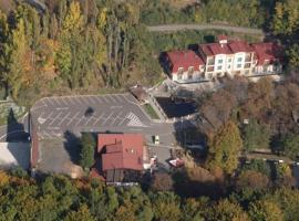 Hotel Loucky – hotel w mieście Litvínov