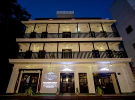 Le Chateau, hotel in Pondicherry