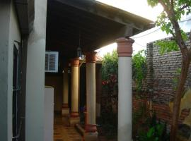 Panambi, hostel in Asunción
