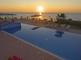 Hotel Albatros, отель в Искье