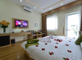 Blue Hanoi Inn Hotel, budget hotel in Hanoi