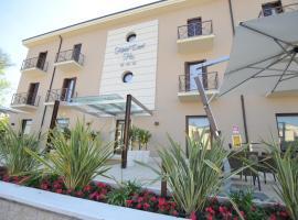 Hotel Dori, hotel near Movie Studios Park - Canevaworld, Peschiera del Garda
