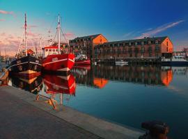 Hafenhotel Meereszeiten, hotel en Heiligenhafen