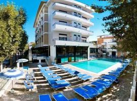 Hotel Queen Mary, hotell i Cattolica