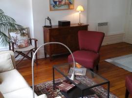 Beaune City Suite, hotel near Bouzaize Park, Beaune