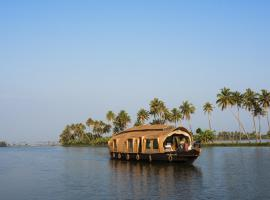 Xandari Riverscapes, boat in Alleppey