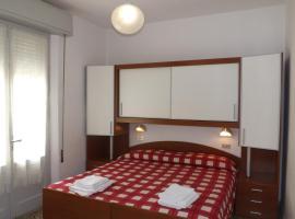 Hotel La Vela, hotel near Bellaria Igea Marina Station, Bellaria-Igea Marina