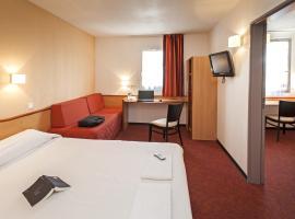 Brit Hotel Confort Montauban, hotel in Montauban