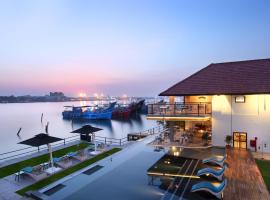 Xandari Harbour, accessible hotel in Cochin