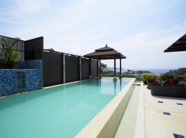 Luxury Seaview Penthouse Kamala Beach, apartment in Kamala Beach