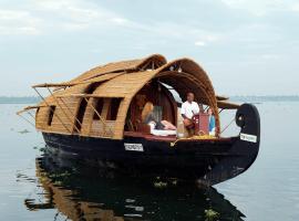 Soma House Boat, boat in Alleppey