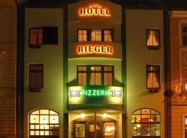 Hotel Rieger Garni, hotel v destinaci Jičín