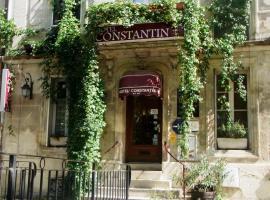 コンスタンティン、アルルのホテル