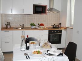 Appartamenti Giusy e Giusy 2, accessible hotel in Sorrento