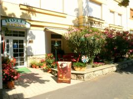 Hotel Baross, hotel en Győr