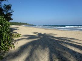 Isana Beach House, hotel in Tangalle