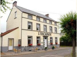 Hotel L'Escapade, hotel near Charleroi Airport - CRL, Balâtre
