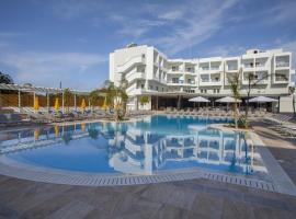 Mayfair Hotel formerly Smartline Paphos, hotel near Mitropolis of Paphos, Paphos