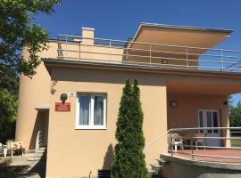 Süle Apartments & Rooms, hotel in Balatonfüred