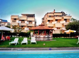 Iliahtida Apartments, hotel in Rovies
