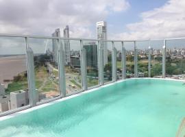 Puerto Norte Design Hotel, hotel en Rosario