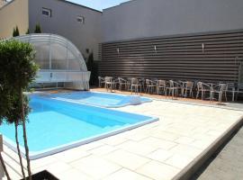 Pokoje Gościnne Dask Aqua Holiday – hotel w pobliżu miejsca Wystawa Interaktywna Illuzeum w Łebie