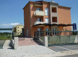 Bed & Breakfast Grgic, hotel near Novigrad Bus Station, Novigrad Istria