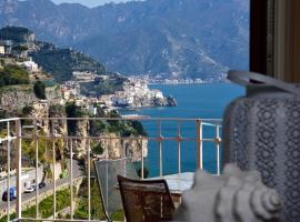 Holiday-In-Amalfi, self catering accommodation in Amalfi