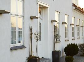 Frederik VI's Hotel, hotel i nærheden af Odense Banegård, Odense