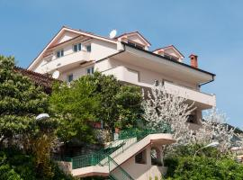 Apartments Komel, spa hotel in Opatija