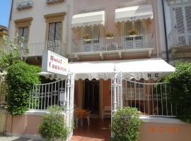 Hotel Canarco, hotel in Viareggio
