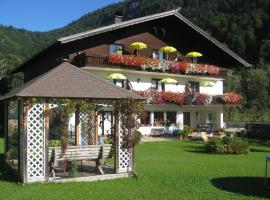Pension Sonnhof, hotel in Fuschl am See