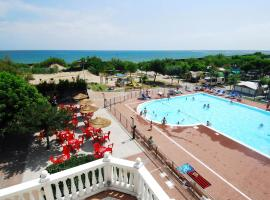 Internazionale - Camping Family Village, glamping site in Sottomarina
