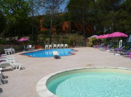 Hotel Il Poggetto, hotell i Castellina Marittima