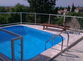 Holiday Home Bobovisca, hotel in Ložišće