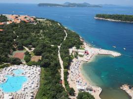 Adriatic Resort Apartments, apartment in Dubrovnik