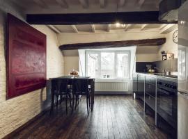 Maison Tout, apartment in Maastricht